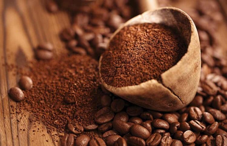 Phân biệt cà phê sạch nguyên chất. Cà phê hạt rang xay nguyên chất có màu cánh gián, nước pha loãng, không ĐẬM - ĐEN - ĐẶC - ĐẮNG!
